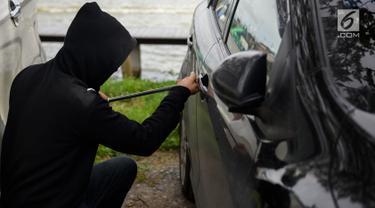 Pencurian Perampokan dan Pencongkelan Mobil