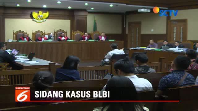 Selain Boediono, jaksa juga menghadirkan pengacara Todung Mulya Lubis sebagai saksi.