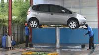 Penggunaan sistem hidrolic banyak ditemui di tempat pencucian mobil. (roboticcarwash.com)