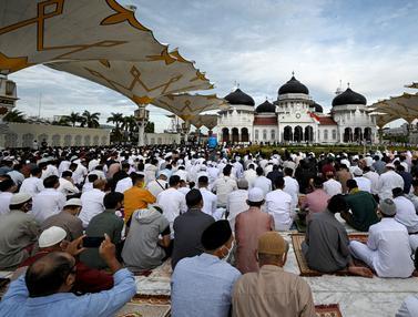 FOTO: Suasana Salat Idul Adha di Berbagai Daerah