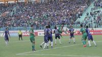 Jalannya pertandingan PSIS Semarang melawan PSMS Medan (Foto: Reza Efendi/Liputan6.com)