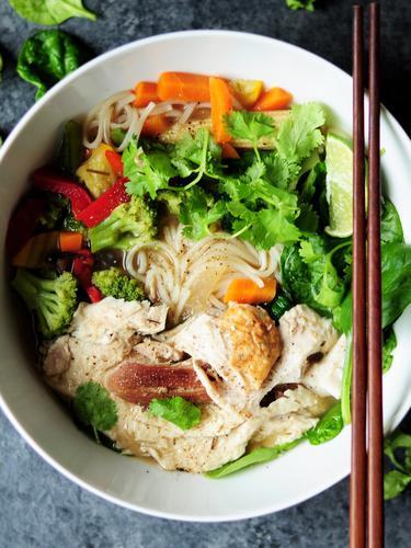 Resep Bihun Kuah Gurih Pedas Pakai Sayur Enak Banget Lifestyle Fimela Com