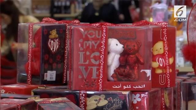 Warga Irak menyambut Hari Kasih Sayang dengan penuh suka cita.