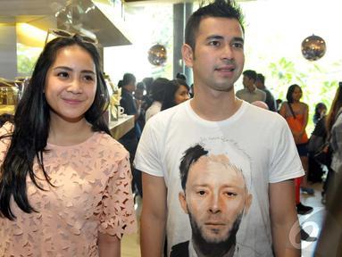 Raffi Ahmad ingin kue pernikahannya bernuansa tradisional Jawa, Jakarta, Rabu (17/9/2014) (Liputan6.com/Panji Diksana)