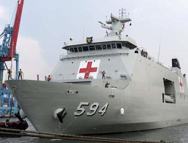 Megahnya Kapal Perang Rumah Sakit KRI Semarang-594