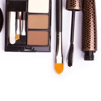 Ilustrasi produk kosmetik. (Sumber foto: littleredtote.com)