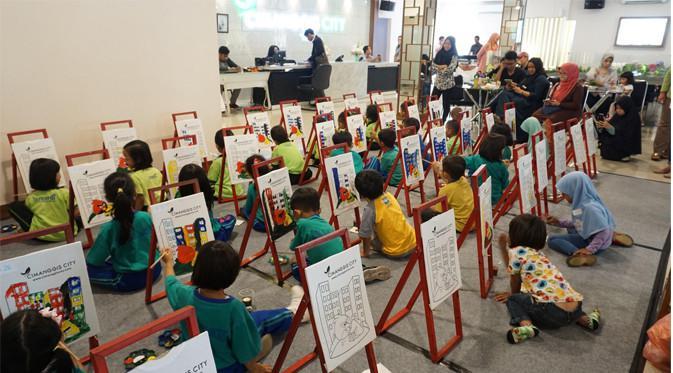 Lomba mewarnai dengan tema apartemen yang diadakan Cimanggis City