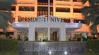 Tahun ini sebanyak 96 % mahasiswanya lulus dalam waktu rata-rata 3,5 tahun. Bahkan Jurusan Hukum, 4 dari 10 mahasiswanya lulus cum laude.