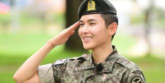 Ryeowook Super Junior tampaknya sudah kangen beraktivitas di dunia hiburan Korea Selatan. Pasalnya setelah menyelesaikan wajib militernya, ia pun dikabarkan langsung menjalani syuting. (Foto: soompi.com)