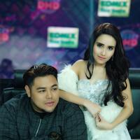 Ivan Gunawan dan Ayu Ting Ting [foto: instagram/ivan_gunawan]