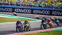 Dua pembalap Movistar Yamaha, Maverick Vinales dan Valentino Rossi kesulitan bersaing pada MotoGP San Marino 2018. (Twitter/Yamaha MotoGP)