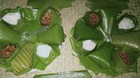 Ketan Jando, makanan tradisional dari Desa Muara Jambi. (Liputan6.com/Gresi Plasmanto)
