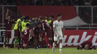 Gelandang Timnas Indonesia, Saddil Ramdani, tampak kecewa usai dibobol Qatar pada laga AFC U-19 Championship di SUGBK, Jakarta, Minggu (21/10). (Bola.com/Vitalis Yogi Trisna)