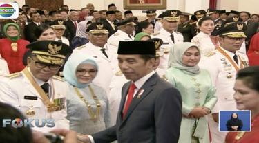 Prosesi pelantikan dilakukan dengan pembacaan sumpah jabatan yang dipimpin langsung oleh Presiden Jokowi.