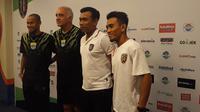 Pelatih Bali United (Dewi Divianta)