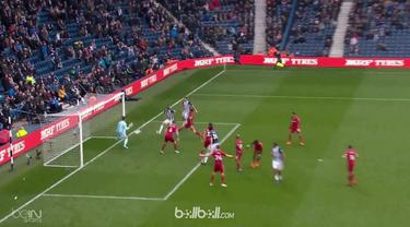 West Brom gagal menghentikan tren buruk tak pernah menang setelah ditahan imbang 1-1 oleh Swansea City, Sabtu (7/4). Selepas babak...