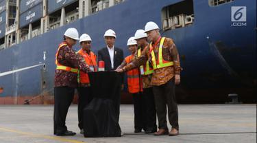 Tunjukkan Ekonomi Berjalan Baik, Jokowi Lepas Langsung Ekspor ke AS