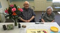 Setelah bersama selama 65 tahun, pasangan ini meninggal dengan perbedaan hanya berselang 4 hari.