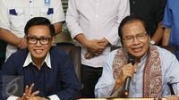 Balon  gubernur DKI Jakarta Rizal Ramli (kanan) bersama Ketua DPW Partai Amanat Nasional (PAN) DKI Jakarta Eko Hendro Purnomo memberikan keterangan saat menggelar pertemuan di Jakarta, Selasa (13/9). (Liputan6.com/Immanuel Antonius)