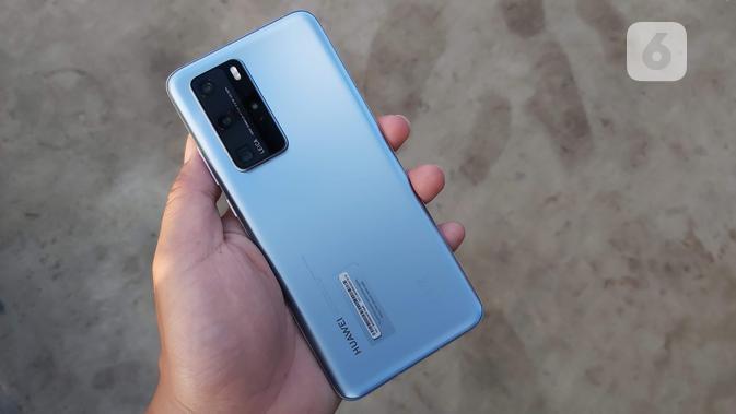 Bodi belakang Huawei P40 Pro. Liputan6.com/Iskandar