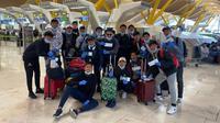 Tim Vamos Indonesia yang berada di Palencia tiba di Bandara Barajas, Madrid Spanyol, Minggu (15/3/2020) sebelum berangkat ke Tanah Air menggunakan pesawat Emirates dan Qatar Airways. (Istimewa)