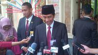Jokowi dikawal Paspampres. (Liputan6.com/Moch Harun Syah)