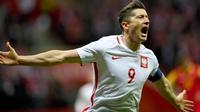 Striker tim nasional Polandia, Robert Lewandowski. (AFP/Janek Skarzynski)