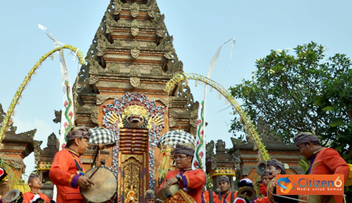 Citizen6, Jakarta: Festival ini diikuti oleh sembilan kelompok penabuh gamelan dari berbagai wilayah di Jakarta hingga Tangerang dan Bogor. (Pengirim: Wisnu Harsakti)