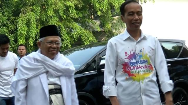 Joko Widodo dan KH Ma'aruf Amin, jalani tes kesehatan hari ini di RSPAD Gatot Soebroto. Keduanya didampingi oleh anak-anaknya.