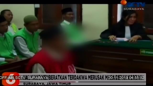 Majelis Hakim PN Surabaya menjatuhkan vonis kepada RS oknum guru Pramuka yang melakukan pencabulan terhadap belasan siswa dengan hukuman kebiri kimia selama tiga tahun serta hukuman dua belas tahun penjara.