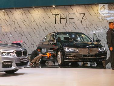 Mobil Mewah BMW Hiasi Panggung GIIAS 2019