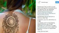 Untuk Anda yang menyukai seni melukis permukaan kulit dengan henna, yuk kita intip tren henna yang satu ini. (Foto: Instagram /@hennalounge)