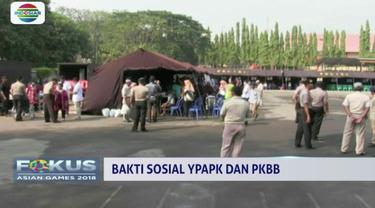 Yayasan Pundi Amal dan Peduli Kasih bersama Paguyuban Keluarga Besar Brimob gelar bakti sosial di Pasuruan, Jawa Timur.