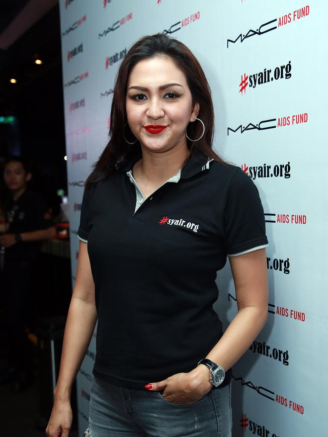 Bintang Donna Agnesia