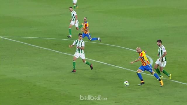 Berita video highlights La Liga 2017-2018 antara Real Betis melawan Valencia dengan skor 3-6. This video presented by BallBall.
