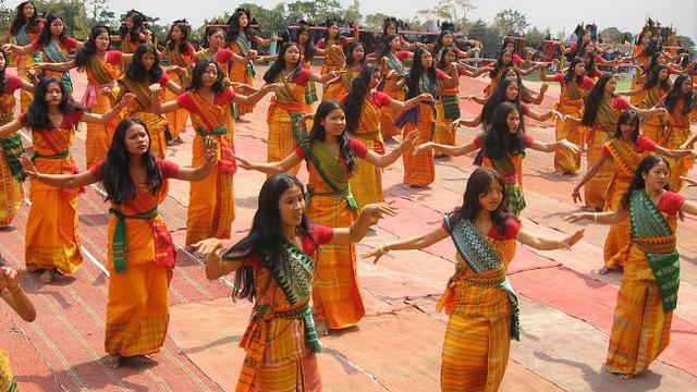 200 Penari India Meriahkan Batam di Malam Sumpah Pemuda ...