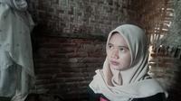 Ine Widianti, lulusan SMK di Karawang yang ijazahnya ditahan lantaran belum lunas bayar sekolah. (Foto: Liputan6.com/Abramena)