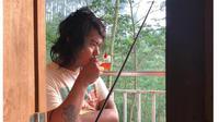 7 Potret Rumah Hutan Dodit Mulyanto, Sepi Tanpa Tetangga (sumber: Instagram.com/dodit_mul)