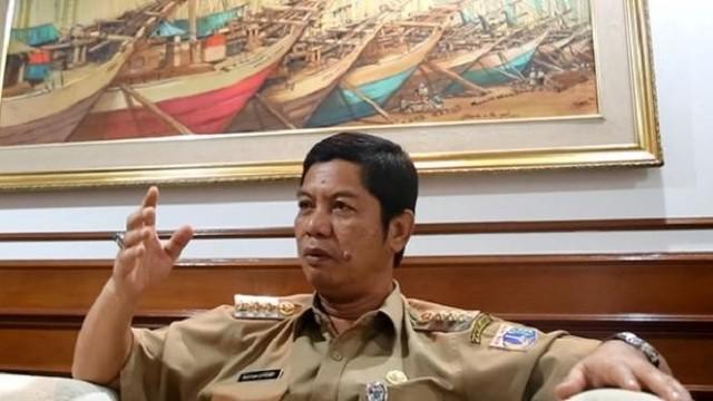 Kepala Badan Kepegawaian Daerah (BKD) DKI Jakarta Agus Suradika menyatakan Wali Kota Jakarta Utara Rustam Effendi telah mengirimkan surat pengunduran diri dari jabatan wali kota. Dan KAI bakal operasikan 19 kereta tambahan hadapi mudik lebaran