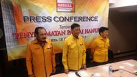 Dewan Pertimbangan Presiden, Wiranto, mundur sebagai Ketua Dewan Pembina Hanura. (Liputan6.com/Putu Merta Surya Putra)