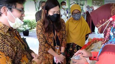 Kegiatan pelatihan perempuan Indonesia