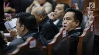 Ekspresi Ketua Tim Hukum Joko Widodo-Ma'ruf Amin, Yusril Ihza Mahendra saat mengikuti sidang sengketa Pilpres 2019 di Gedung MK, Jakarta, Selasa (18/6/2019). Sidang tersebut beragendakan mendengarkan jawaban dari termohon. (Liputan6.com/Faizal Fanani)