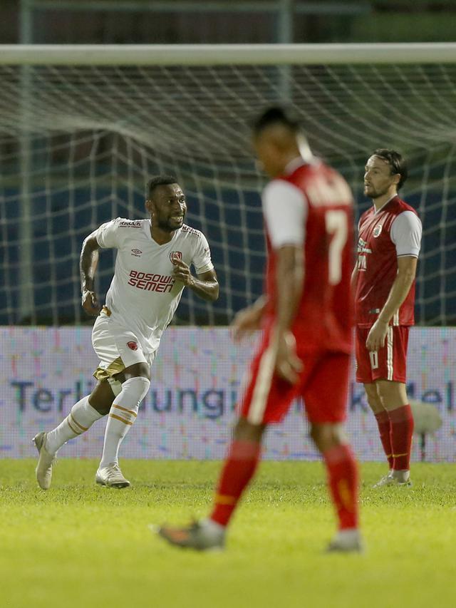 Pemain PSM Makassar Patrich Steve Wanggai  (Bola.com/Arief Bagus)