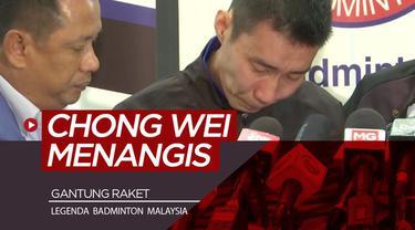 Berita video bintang badminton Malaysia, Lee Chong Wei, memutuskan untuk gantung raket. Saat akan mengumumkannya, Chong Wei tak kuat menahan air mata.