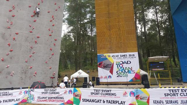 Panjang Tebing Menggelar Test Event Di Venue Panjat Tebing Cikole Bandung Barat Jawa Barat Rabu  Untuk Mensukseskan Asian Games