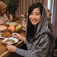 Apa saja yang perlu diperhatikan saat makan sahur?/Copyright shutterstock.com