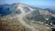 Erupsi Gunung Unzen di Jepang memicu tanah longsor dan tsunami yang menewaskan 15 ribu manusia (Public Domain)