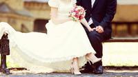 Berikut ini adalah beberapa tips untuk menjadikan hubungan pernikahan Anda langgeng dan bahagia.