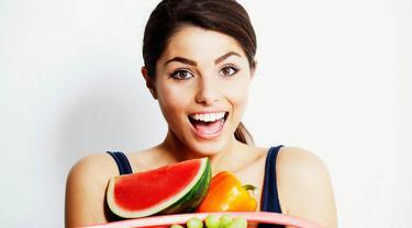 Selain dapat melembabkan dan meremajakan kulit, buah juga dapat menghilangkan kekusaman di wajah. Berikut 6 buah dan manfaatnya: (Istimewa)