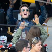 Chris Evans dan Elizabeth Olsen di Captain America: Civil War. Foto: via comicbook.com